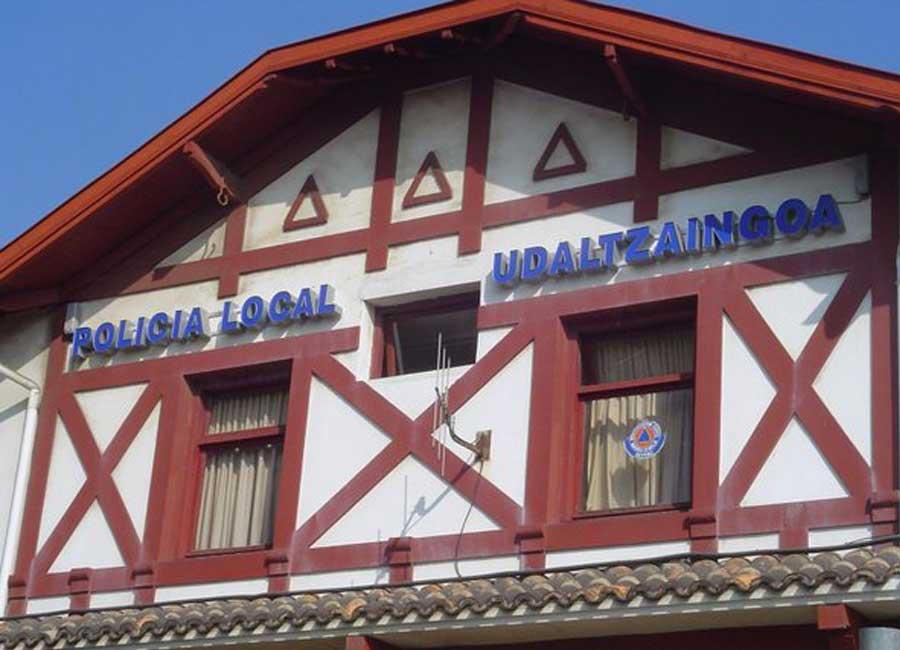 Letras corpóreas iluminadas en fachada de mateoRotulos