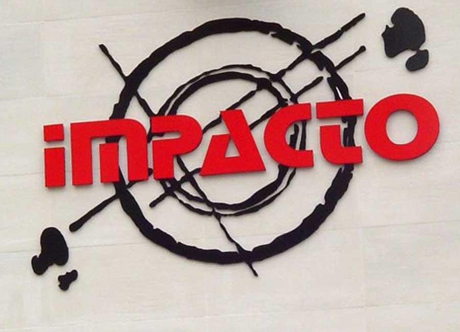 Letras corpóreas sobre logo fachada de mateoRotulos